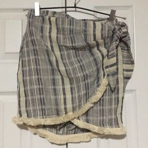 Cute skirt with fringe